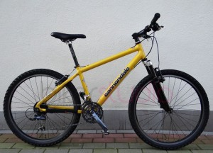 Rower CANNONDALE Caad2 Rock Shox Shimano LX